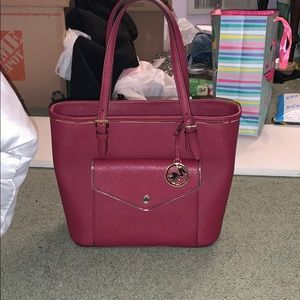 New Michael Kors bag only used twice